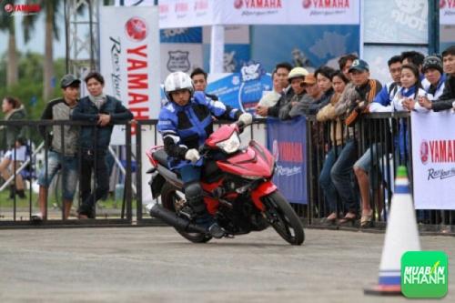 Cuộc thi điều khiển xe côn tay thể thao REVKHANA