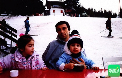 Cựu cầu thủ Hamlet, bố của  Henrikh Mkhitaryan, chính là nguồn cảm hứng đầu tiên dẫn anh đến niềm đam mê với bóng đá